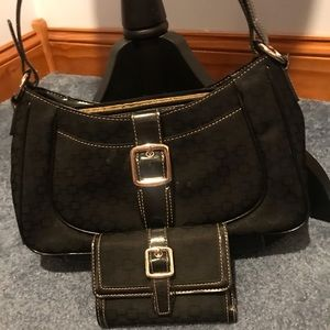 👜Nine West Bag WITH matching wallet👜